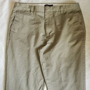 EUC Men's Dockers